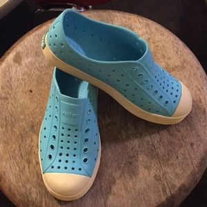 Baby Blue Natives Shoes for kids, size 3